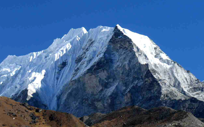 6160 m height's Island peak is most famous trekking peak, which is located in Khumbu region to the north east to Chhukung valley.